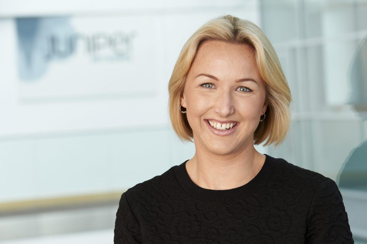 Liz Frazer corporate headshot for Juniper Networks